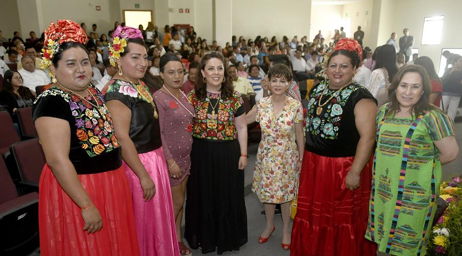 Necesario, diálogo intercultural para respetar la diversidad sexual | El Imparcial de Oaxaca