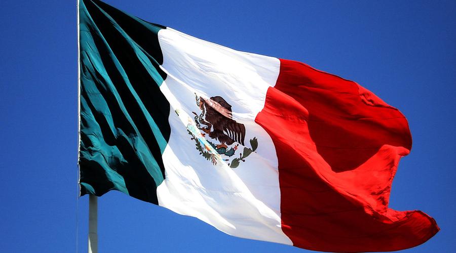 Video: estudiante confunde juramento a la bandera con Padre Nuestro | El Imparcial de Oaxaca
