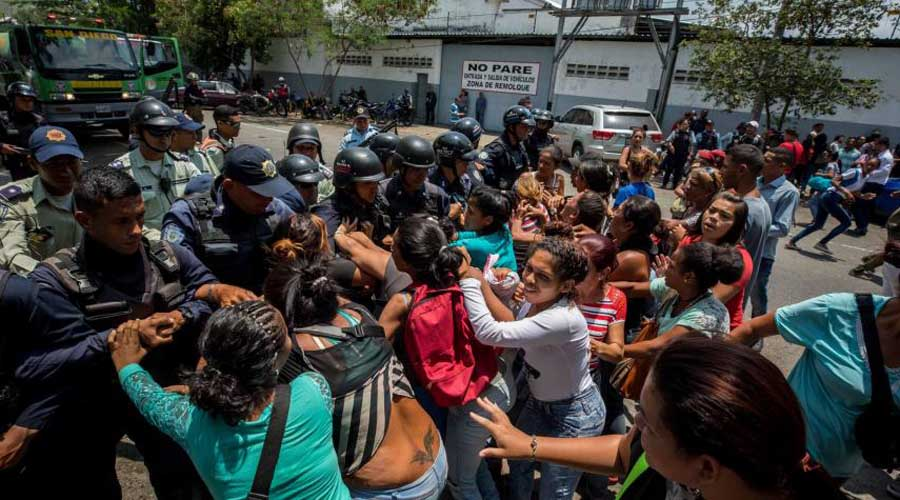 Mueren al menos 29 personas en motín en cárcel venezolana   El Imparcial de Oaxaca