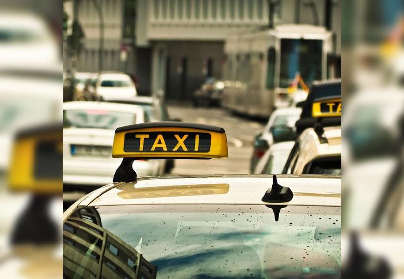 Padres olvidan a recién nacido en el taxi | El Imparcial de Oaxaca