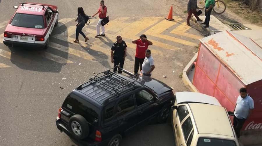 Se registra fuerte choque en Ciudad Administrativa | El Imparcial de Oaxaca