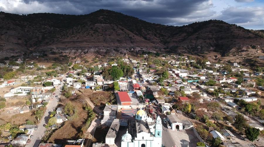 Autoridad atiende escasez de agua en Zapotitlán Palmas
