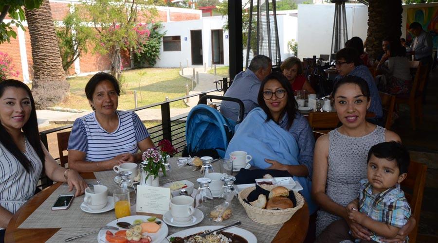 Almuerzo  familiar   El Imparcial de Oaxaca