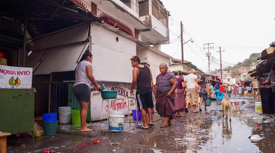 Descontento por fumigación en el mercado Jesús Carranza