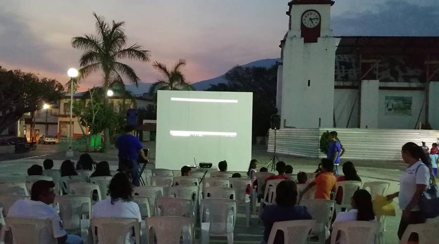El cine, una forma de compartir con las comunidades de Oaxaca   El Imparcial de Oaxaca