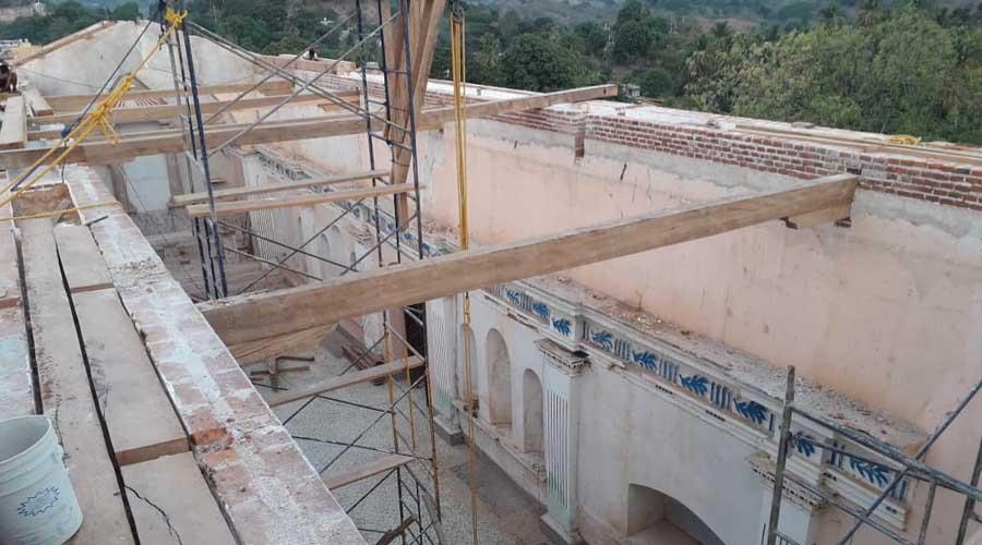 Exigen recursos para reconstrucción de iglesia en San Juan Cacahuatepec