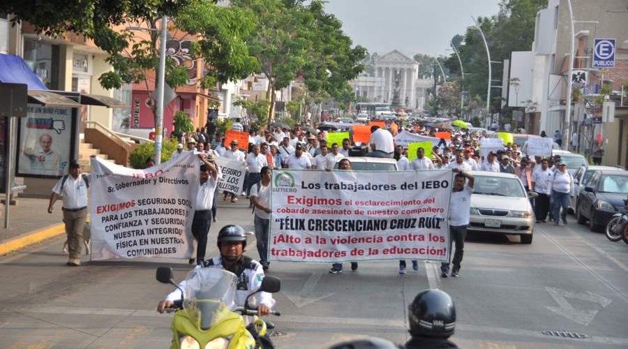 Tras homicidio de director, demandan seguridad trabajadores del IEBO | El Imparcial de Oaxaca
