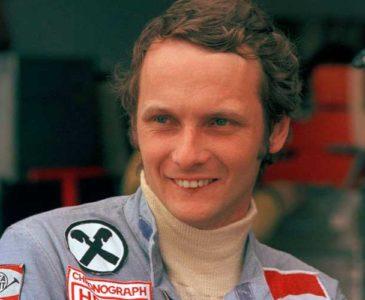 Niki Lauda será enterrado con mítico uniforme