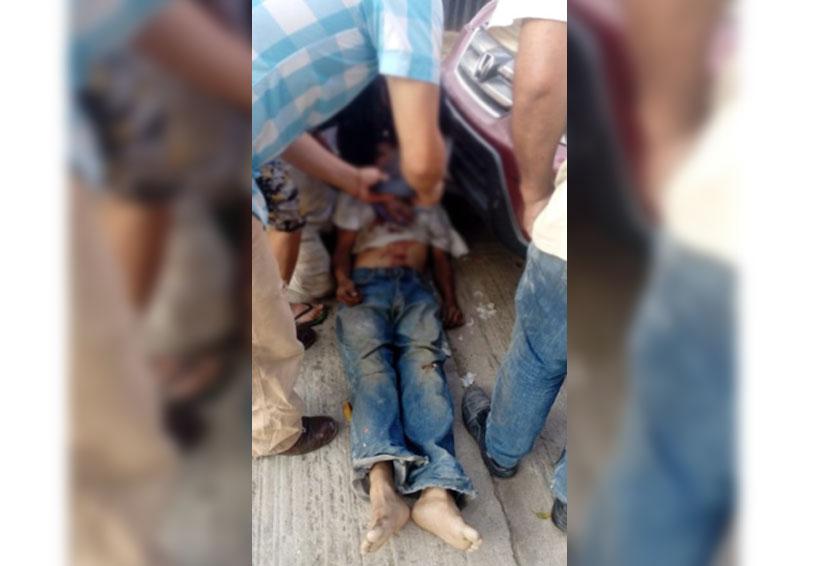 Hojalatero es víctima de cholos, lo matan a cuchilladas en Santa Rosa Panzacola