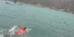 Se hunde una embarcación  en Huatulco, reportan dos lesionadas