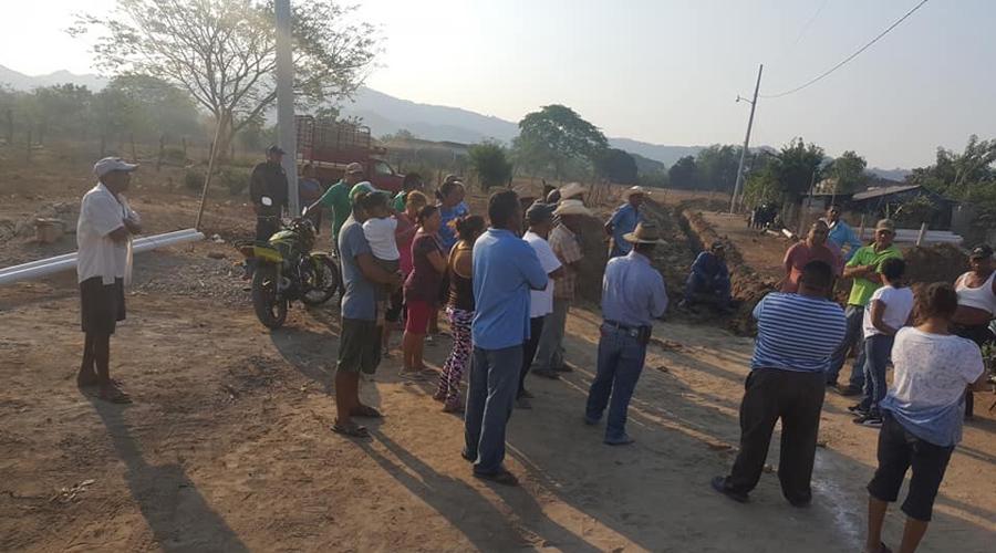 Suspenden el arranque de la obra en Santa María Huazolotitlan