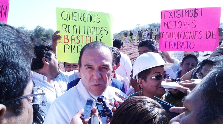 Vence plazo para construcción  del hospital de Huajuapan de León, Oaxaca