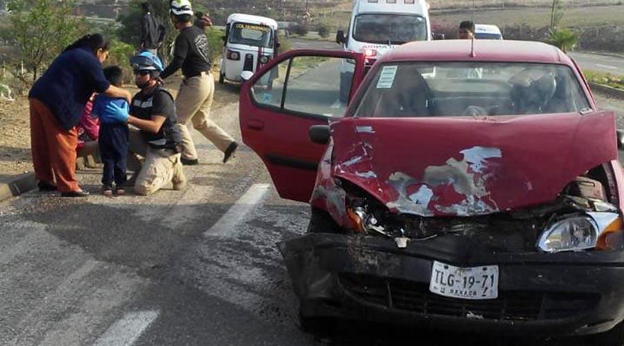 Camioneta provoca fuerte accidente en la cuesta a Ocotlán | El Imparcial de Oaxaca