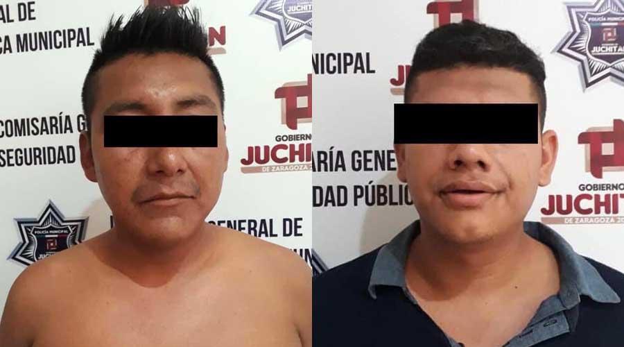 ¡Caen por asalto! Huían a bordo de mototaxi   El Imparcial de Oaxaca
