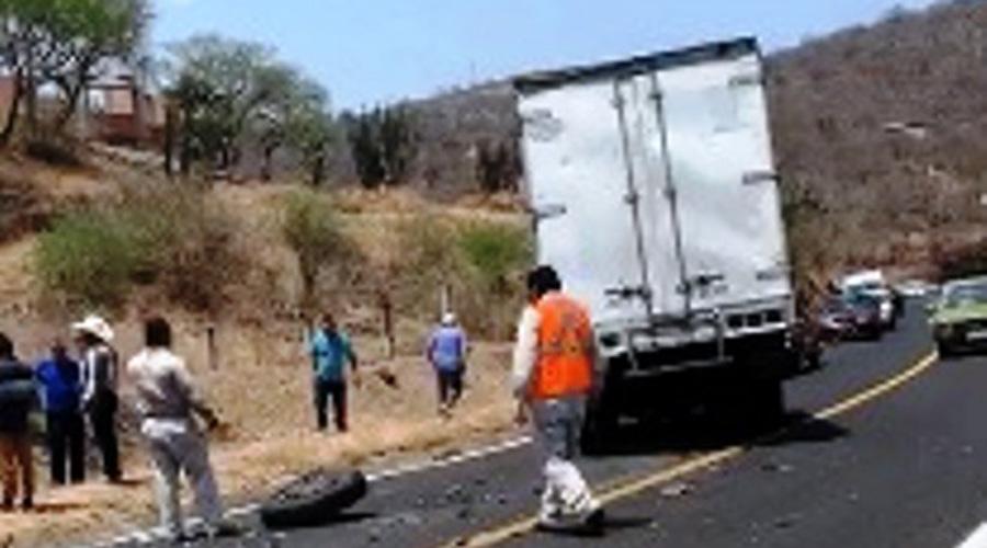 Muere taxista en accidente en carretera que va de Huajuapan a Puebla | El Imparcial de Oaxaca