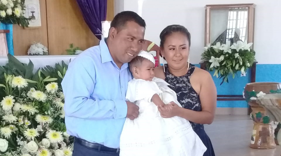 Yishaq  Abimael  es bautizado