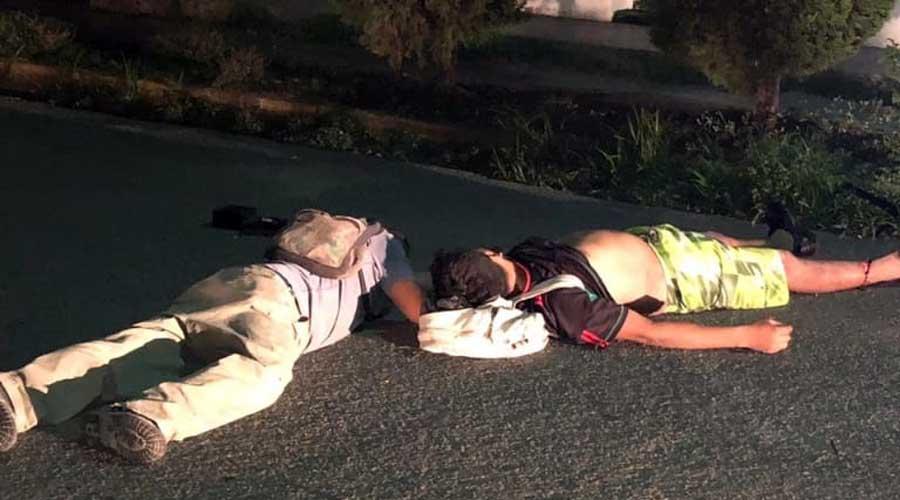 Brutal impacto entre motocicleta y automóvil en Cinco Señores | El Imparcial de Oaxaca