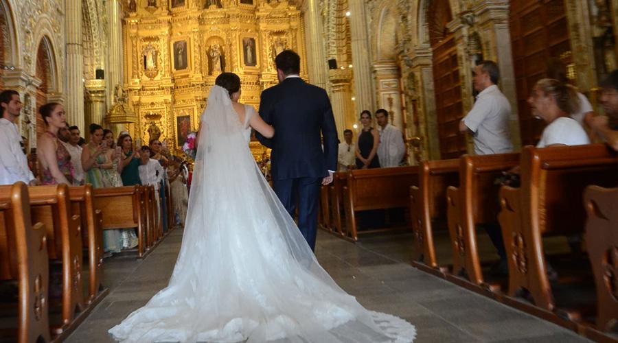 Alfredo y Mónica se juran amor eterno
