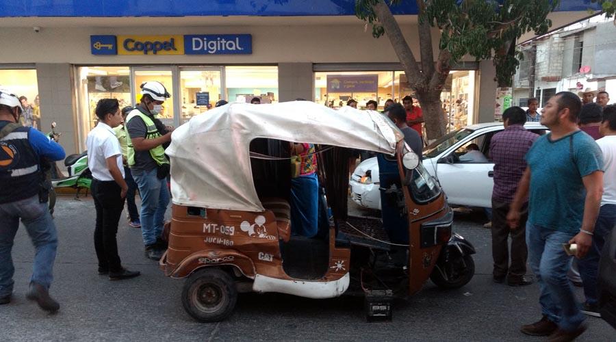 Aparatoso percance en la Primera Sección de Juchitán | El Imparcial de Oaxaca