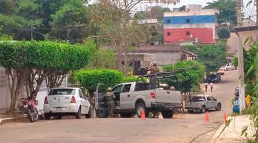 Marina resguarda taller mecánico, donde escondían autos robados   El Imparcial de Oaxaca