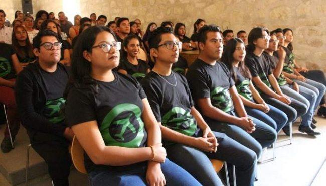Eligen a 32 estudiantes de la UTVCO para estadía profesional | El Imparcial de Oaxaca
