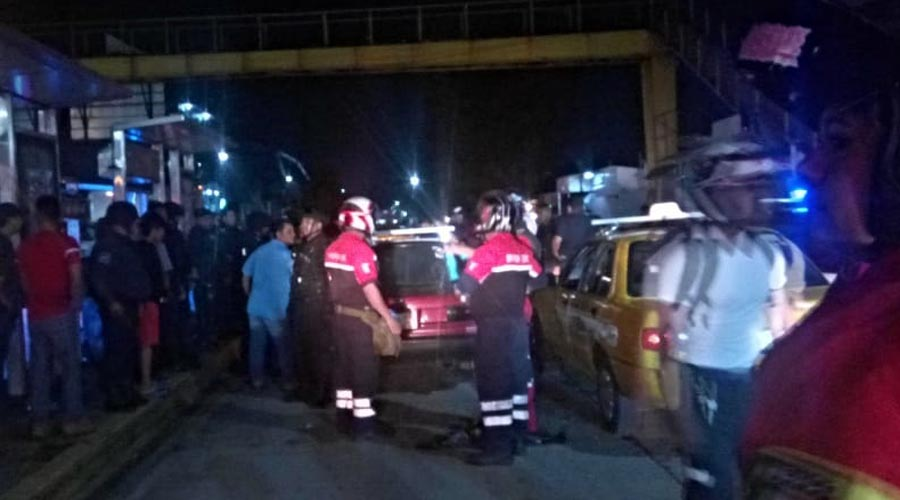 Accidente automovilístico termina en riña entre taxistas en Central de Abasto de Oaxaca | El Imparcial de Oaxaca