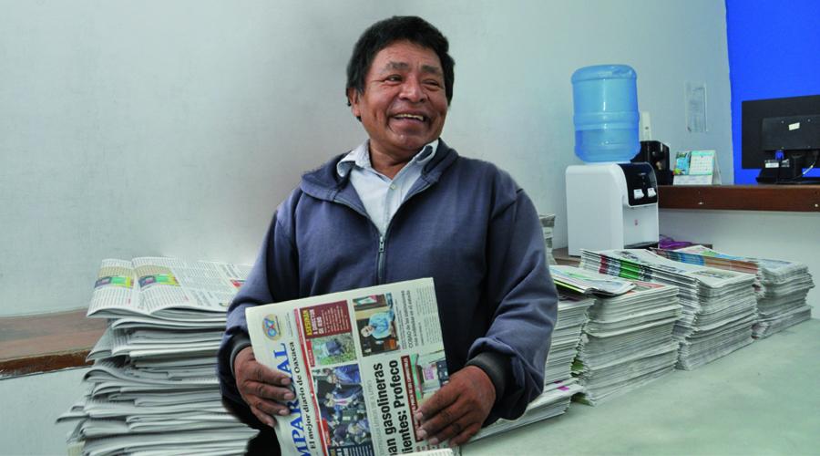 Voceadores oaxaqueños sobreviven a pesar del avance tecnológico   El Imparcial de Oaxaca