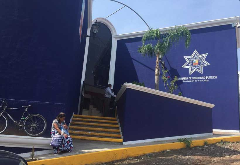 Lo atrapan por robar camioneta en Huajuapan