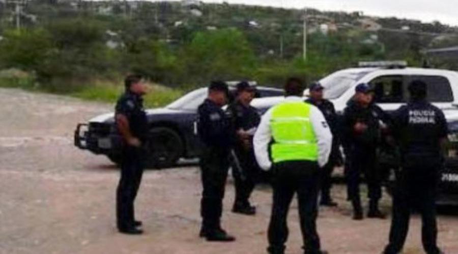 Tras accidente en la Mixteca abandonan vehículo | El Imparcial de Oaxaca