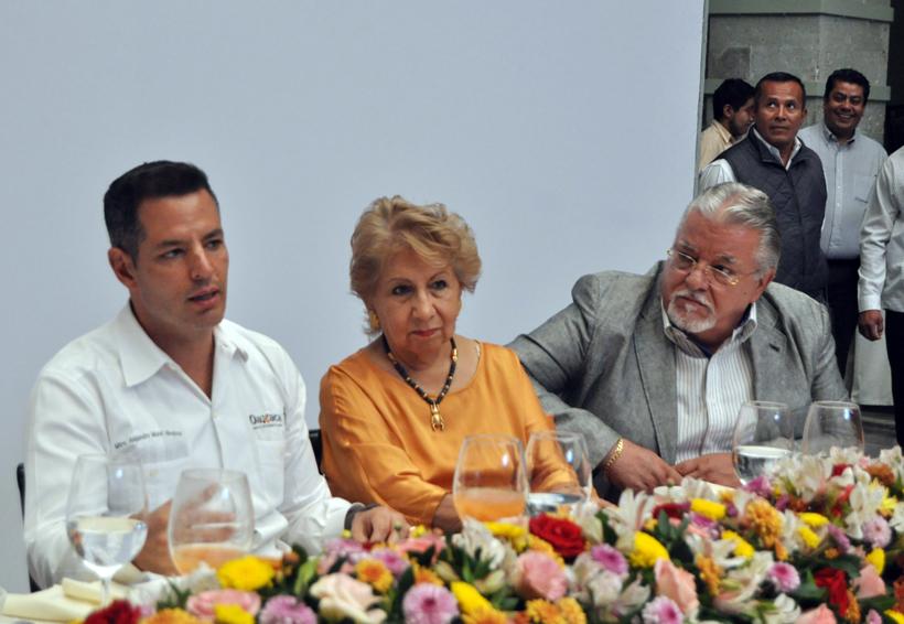Va Murat a Tijuana en apoyo de López Obrador