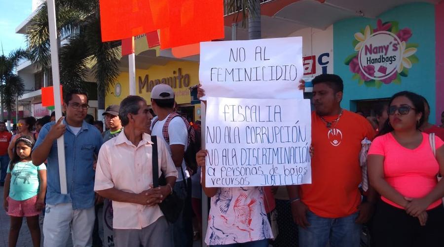 En Pochutla marcha por la paz
