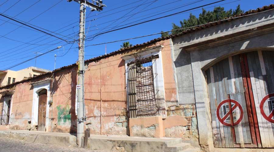 Inmuebles deteriorados, un constante riesgo en Oaxaca