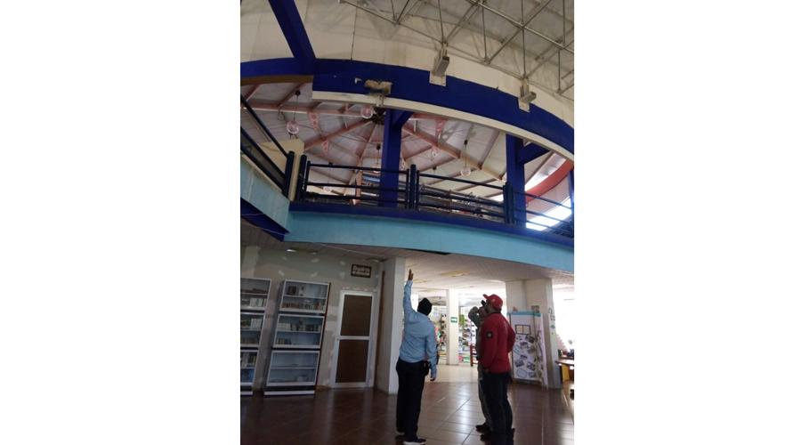 """Inspeccionan la biblioteca pública """"Aries 67"""" por filtraciones y daños"""