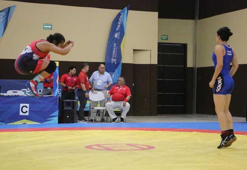 Selección oaxaqueña de luchas asociadas cosecha medallas en la Olimpiada Nacional y Nacional Juvenil 2019