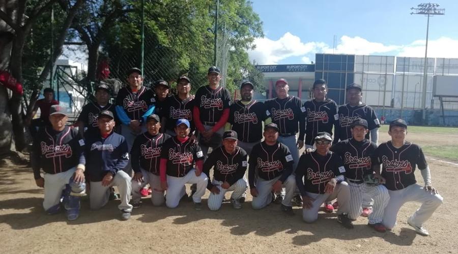 Arranca Liga de Béisbol de Aficionados Oaxaca