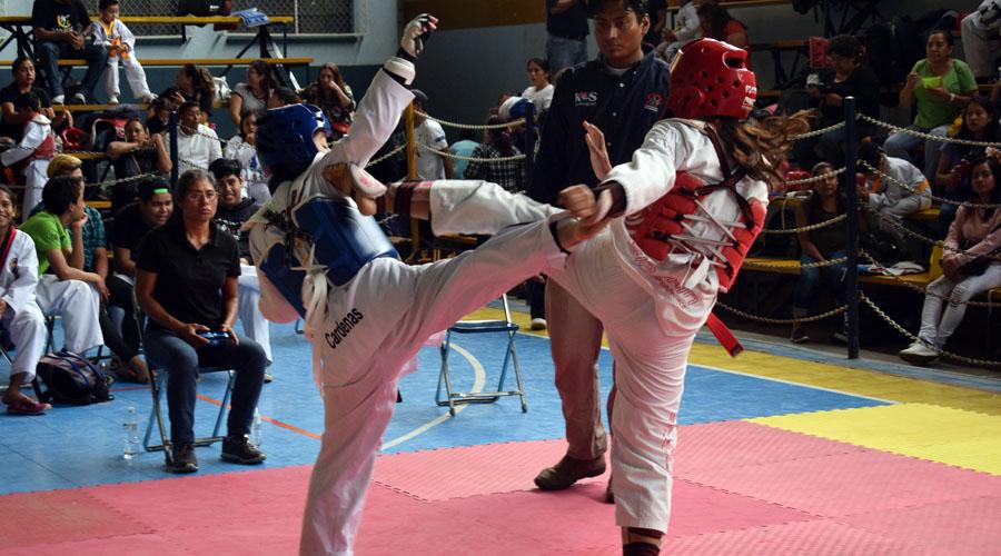 Volaron las patadas en el décimo Campeonato Estatal de Taekwondo Guerrero Indomable 2019   El Imparcial de Oaxaca