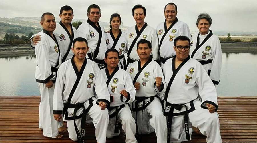 "Profesores oaxaqueños del taekwondo aprueban su examen de ""Kodanya"""