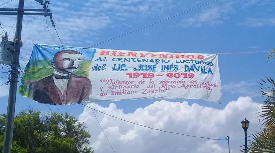 Rinden homenaje a exgobernador de Oaxaca por centenario luctuoso