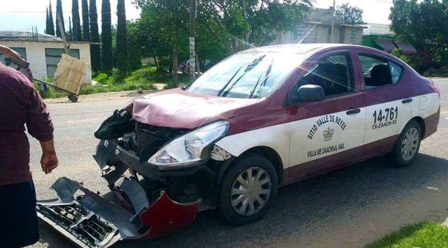 """Taxi choca contra un mototaxi en la """"Y"""""""