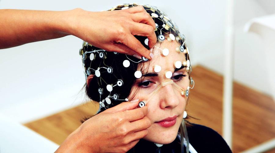 Crean casco que reinicia el cerebro de personas con depresión fármaco resistente | El Imparcial de Oaxaca