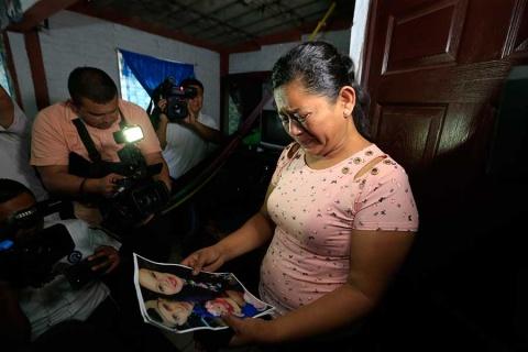 Llegan a El Salvador, restos de migrantes ahogados   El Imparcial de Oaxaca