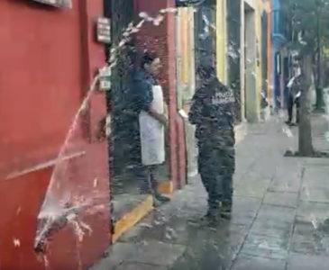 Video: Imparable robo de medidores de agua en Oaxaca