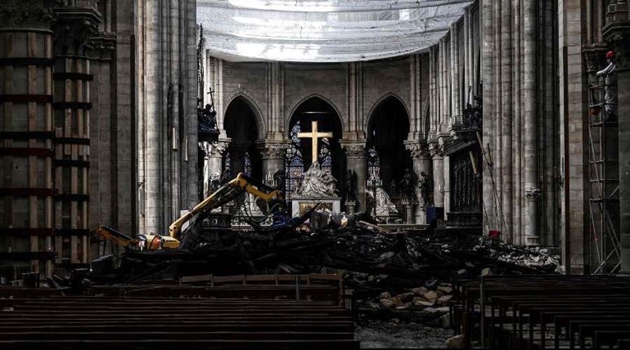Celebran primera misa tras incendio en Notre Dame | El Imparcial de Oaxaca