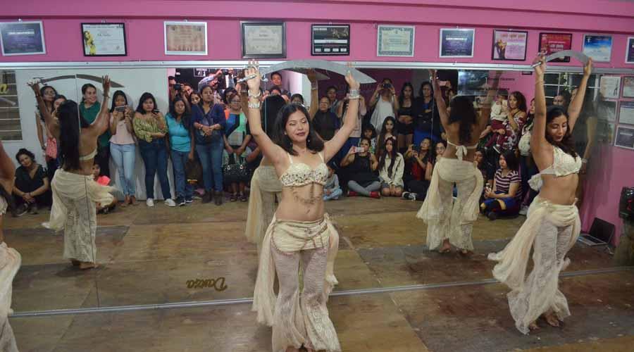 Amazon's Bellydance & pole dance abrió sus puertas en su nueva dirección