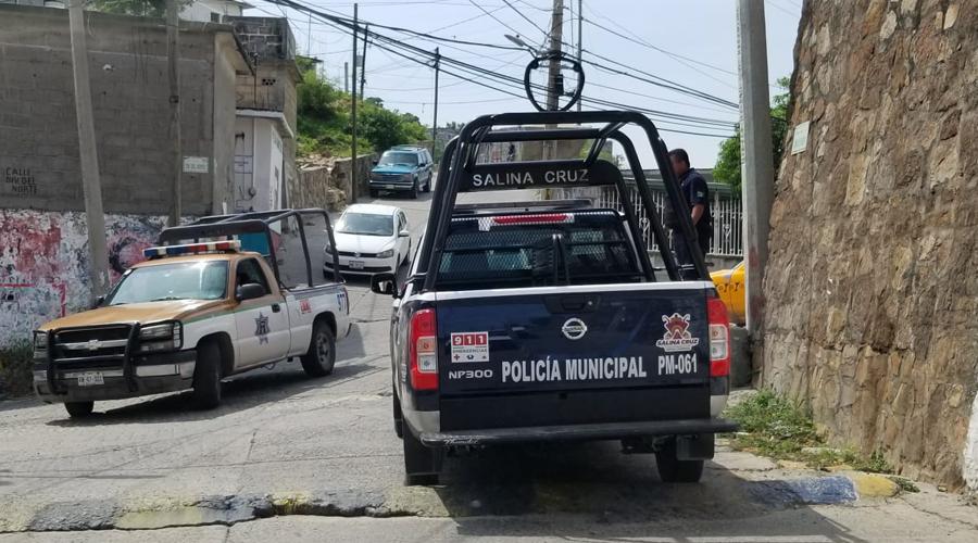 Con recorridos, garantizan seguridad en Salina Cruz