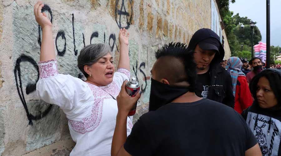 Araceli García: Si pintar paredes cambiara cosas en Oaxaca, sería la primera en hacerlo | El Imparcial de Oaxaca