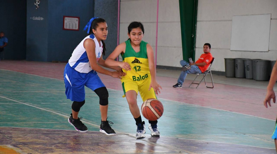 Inicia campamento de aprendizaje en el Campamento Internacional Baloncesto
