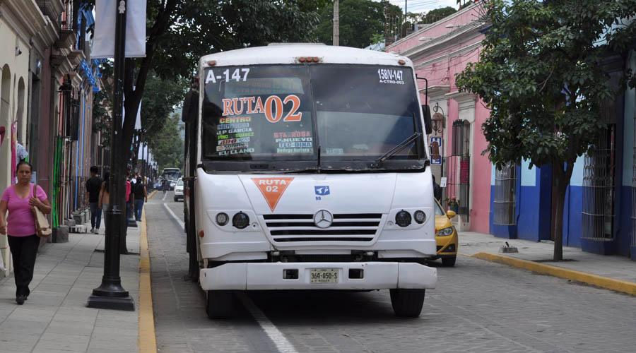 Transporte público en Oaxaca: lento, costoso, inseguro y chatarra