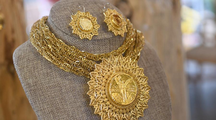 Jacobo López presentó su más reciente colección de joyería
