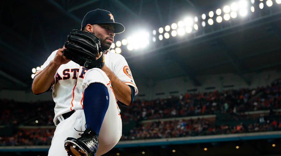 José Urquidy logra su primera victoria en MLB | El Imparcial de Oaxaca